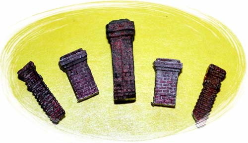 HO-SCALE ASSORTED BRICK CHIMNEYS/ 5 PCS.