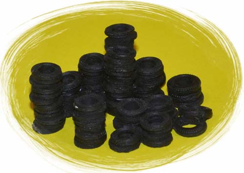 HO-SCALE TIRE STACKS