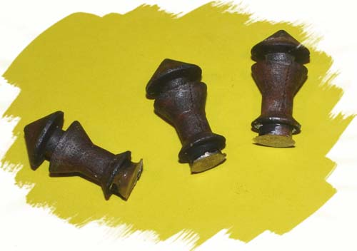 HO-SCALE LARGE ROOF EXHAUST VENTS/3 PCS.
