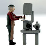 O-SCALE OPERATOR WITH BAND SAW