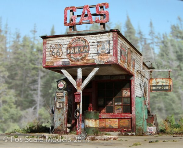 O-SCALE THE GAS STATION
