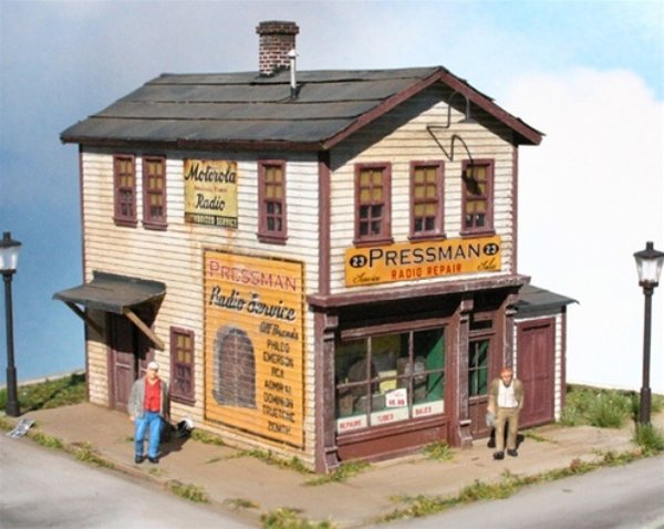HO-SCALE PRESSMAN TV REPAIR