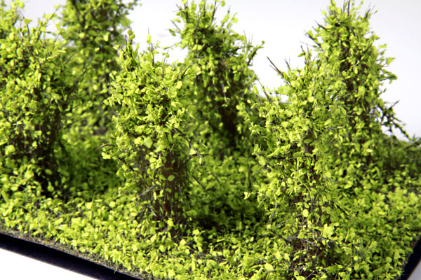 3cm-4cm HIGH LIGHT GREEN BUSHES /10 Pcs.